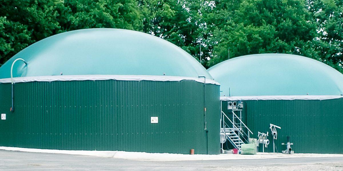 Biogas-Doppelmembrandach / double membrane Biogas plant roof